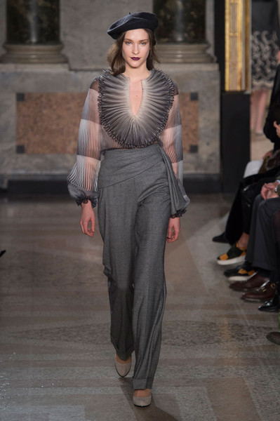 Luisa Beccaria at Milan Fall 2015