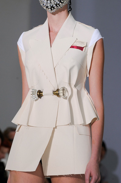 Maison Martin Margiela at Couture Fall 2012 (Details)