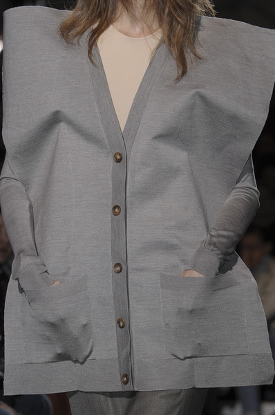 Maison Martin Margiela at Paris Spring 2011 (Details)
