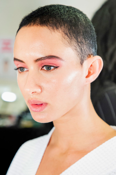 Marc Jacobs at New York Spring 2019 (Backstage) [hair,face,eyebrow,hairstyle,lip,forehead,chin,skin,cheek,beauty,marc jacobs,fashion,beauty,spring,hairstyle,eyebrow,lip,forehead,new york fashion week,fashion show,fashion,ready-to-wear,fashion show,beauty,madame figaro,spring,summer,jpeg,flat]