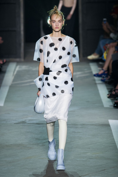 Marc by Marc Jacobs at New York Spring 2015 [fashion model,fashion,runway,fashion show,white,haute couture,fashion design,event,public event,design,marc by marc jacobs,supermodel,fashion,runway,fashion week,polka dot,clothing,new york fashion week,fashion show,milan fashion week,polka dot,runway,marc jacobs,fashion show,milan fashion week,fashion,fashion week,supermodel,clothing,london fashion week]