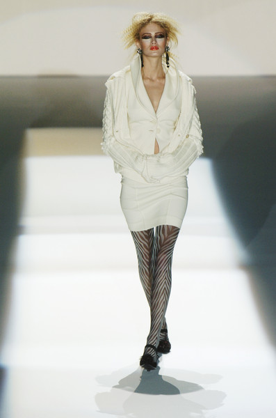 Mariella Burani at Milan Fall 2004
