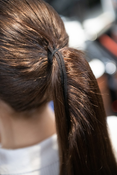 Maryling at Milan Fall 2020 (Backstage) [hair,hair,hairstyle,long hair,beauty,hair coloring,brown hair,braid,back,chignon,ponytail,brown,long hair,brown hair,maryling,fur,02pd - circolo,hairstyle,ponytail,milan fashion week fall,long hair,ponytail,brown hair,fur,hair,brown,02pd - circolo del partito democratico di milano]