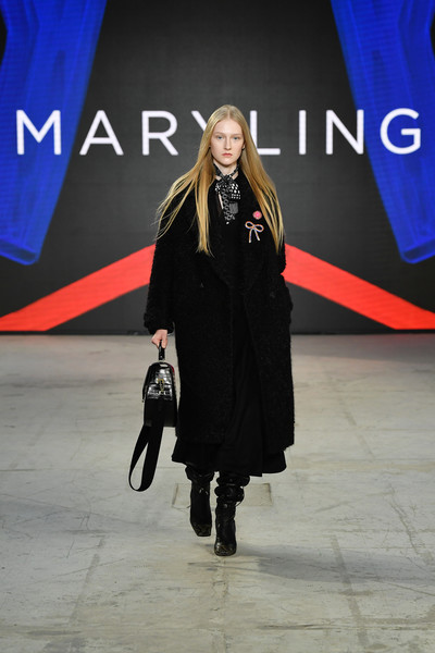 Maryling at Milan Fall 2021 [outerwear,fashion,street fashion,sleeve,standing,waist,knee,thigh,fashion design,fashion model,outerwear,flooring,fashion,fashion model,model,runway,maryling,waist,milan fashion week,fashion show,fashion show,runway,fashion model,outerwear / m,fashion,flooring,model,outerwear]