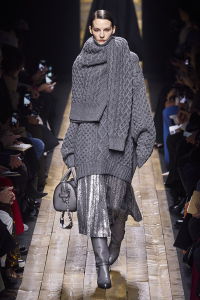 Michael Kors at New York Fall 2020 [autumn,fashion model,fashion show,fashion,runway,clothing,outerwear,human,public event,joint,footwear,outerwear,michael kors,human,fashion,runway,fashion week,clothing,new york fashion week,fashion show,michael kors,new york fashion week,fashion week,fashion,autumn,ready-to-wear,runway,fashion show,clothing,winter]