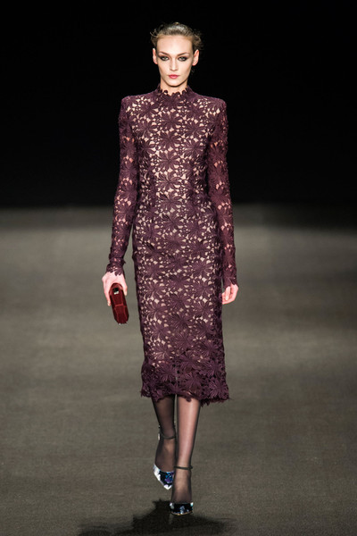 Monique Lhuillier at New York Fall 2015