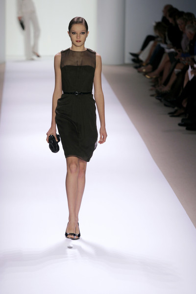 Monique Lhuillier at New York Spring 2007