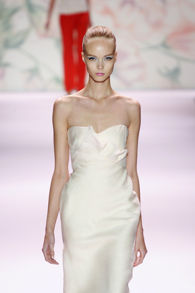 Monique Lhuillier at New York Spring 2011