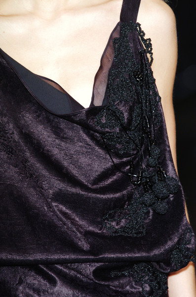Moon Young Hee at Paris Fall 2005 (Details)