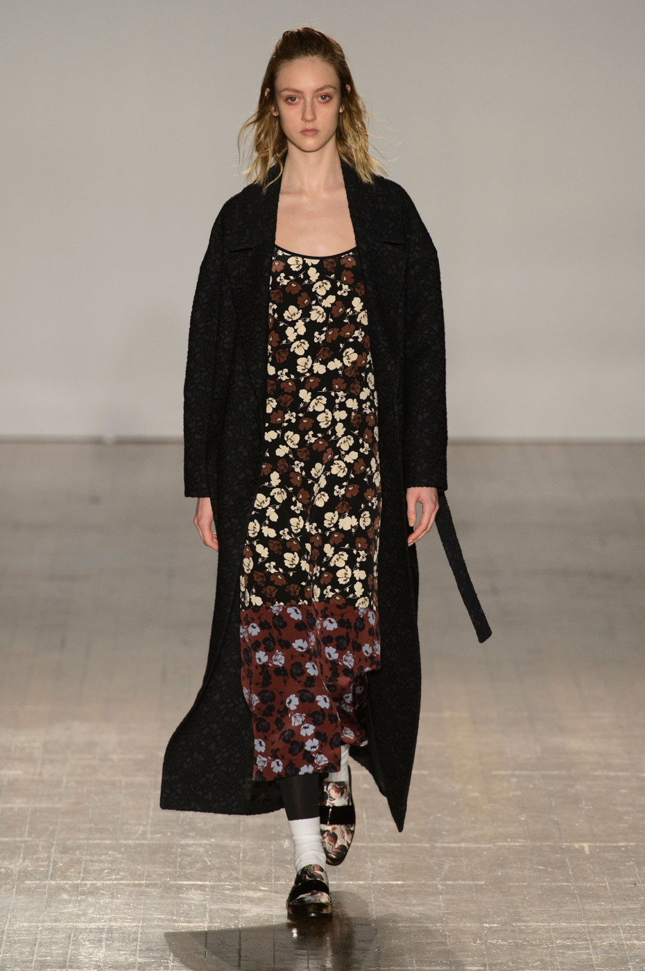 Mother Of Pearl At London Fashion Week Fall 2015 Livingly