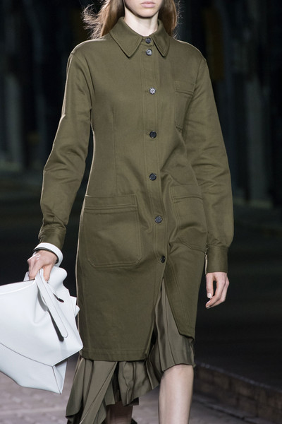 b6bbee2bfbb8 Mulberry at London Spring 2017 (Details). Mulberry at London Fashion Week  ...