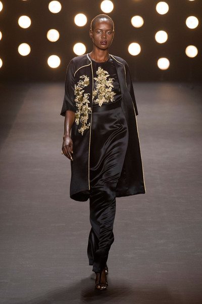 Naeem Khan at New York Fall 2014