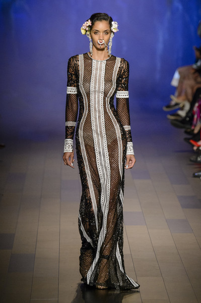 Naeem Khan at New York Spring 2018