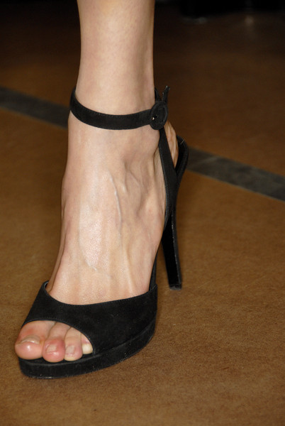 Narciso Rodriguez at New York Fall 2007 (Details) [footwear,leg,high heels,shoe,sandal,foot,ankle,toe,human leg,joint,shoe,shoe,footwear,narciso rodriguez,toe,leg,foot,ankle,sandal,new york fashion week,toe,shoe,sandal,high-heeled shoe,heel m]