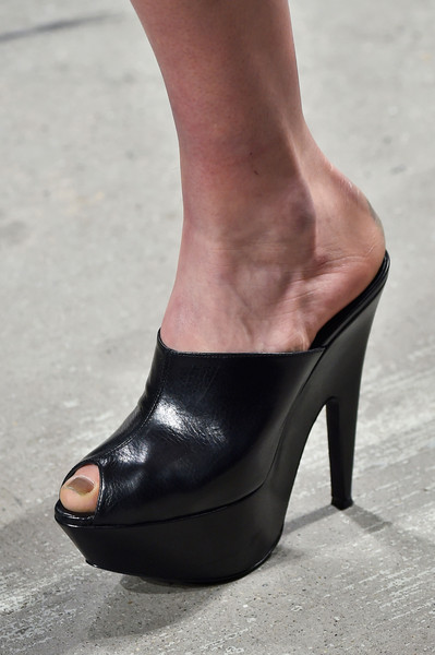 Narciso Rodriguez at New York Fall 2015 (Details) [footwear,high heels,shoe,black,leg,basic pump,fashion,ankle,foot,sandal,shoe,shoe,footwear,narciso rodriguez,high heels,fashion,pump,foot,sandal,new york fashion week,shoe,high-heeled shoe,sandal]