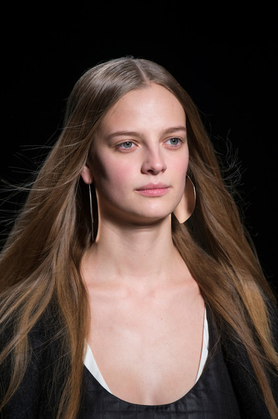 Narciso Rodriguez at New York Fall 2016 (Details) [hair,face,hairstyle,eyebrow,blond,long hair,fashion,beauty,chin,lip,blond,narciso rodriguez,hair,fashion,brown hair,color,human hair color,eye color,model,new york fashion week,brown,human hair color,eye color,brown hair,blond,color,long hair,fashion,model,layered hair]
