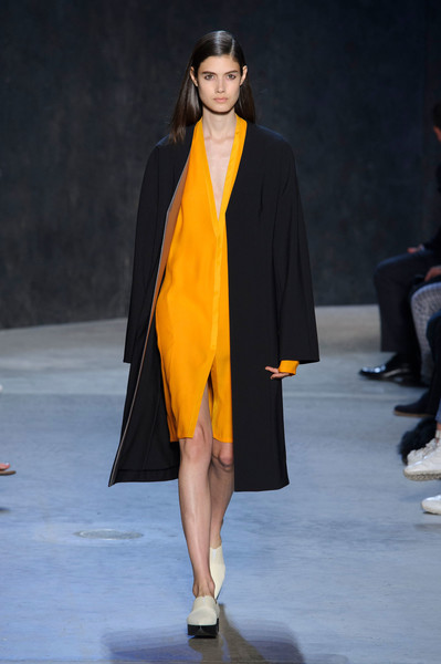Narciso Rodriguez at New York Spring 2017 [fashion model,fashion show,fashion,runway,clothing,yellow,outerwear,event,public event,fashion design,supermodel,narciso rodriguez,fashion,runway,fashion week,model,haute couture,clothing,new york fashion week,fashion show,runway,fashion show,fashion,fashion week,new york fashion week,glamour,model,supermodel,haute couture,ready-to-wear]