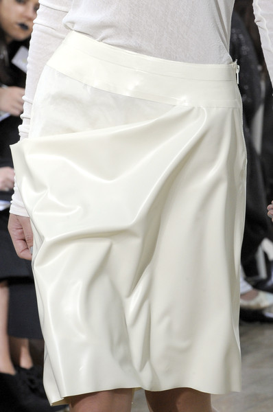 Nicole Farhi at London Spring 2011 (Details)