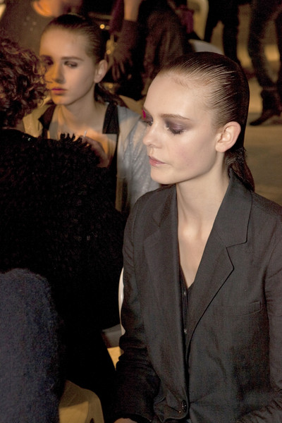 Nina Ricci at Paris Fall 2009 (Backstage)