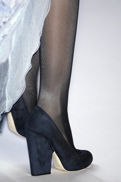 Nina Ricci at Paris Spring 2009 (Details)