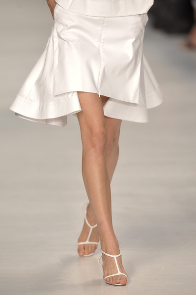 No. 21 at Milan Spring 2011 (Details)