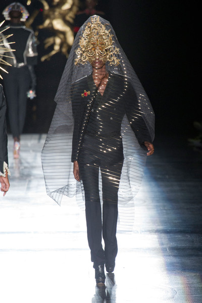 Philip Treacy at London Spring 2013