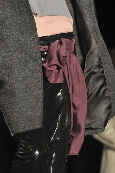 Philosophy di Alberta Ferretti at New York Fall 2009 (Details)