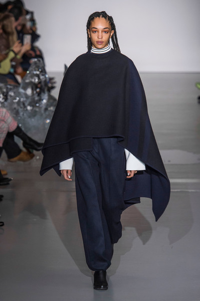 Pringle of Scotland at London Fall 2019 [fashion,fashion show,runway,clothing,mantle,fashion model,outerwear,human,poncho,haute couture,outerwear,fashion,runway,fashion week,fashion model,clothing,mantle,pringle of scotland,london fashion week,fashion show,runway,london fashion week,fashion show,fashion,pringle of scotland,fashion week,ready-to-wear,autumn,model]