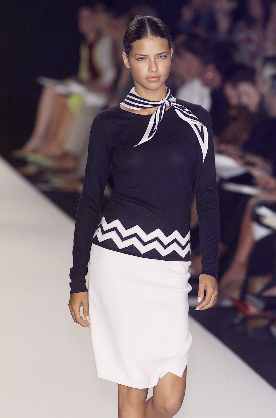 Ralph lauren at new york fashion week spring 2001 livingly for Ralph lauren nyc office