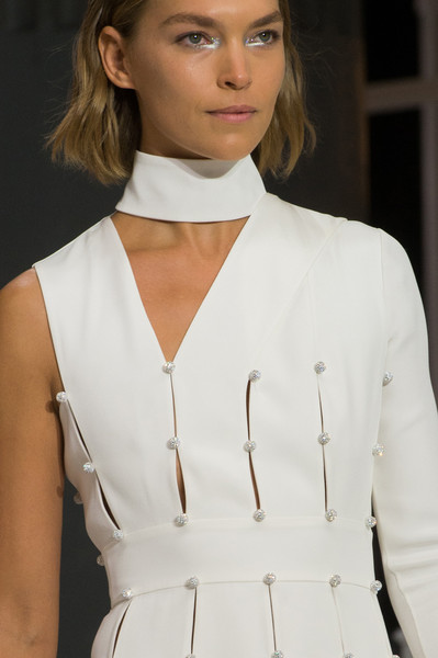 Ralph & Russo at London Spring 2018 (Details) [white,clothing,fashion,neck,hairstyle,beauty,fashion model,shoulder,haute couture,blond,fashion,beauty,haute couture,fashion week,makeup,runway,london,ralph russo,london fashion week,fashion show,london fashion week,runway,london,fashion week,fashion,facial makeup,fashion show,haute couture,beauty,supermodel]