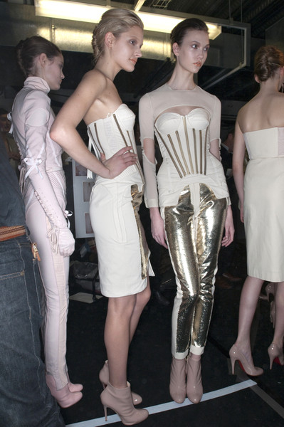 Richard Nicoll at London Fall 2009 (Backstage)