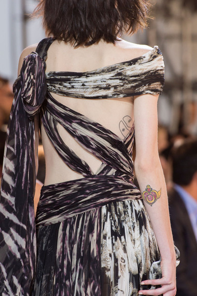 Roberto Cavalli at Milan Spring 2016 (Details) [hair,clothing,shoulder,fashion,fashion model,beauty,hairstyle,joint,dress,haute couture,dress,dress,roberto cavalli,fashion,haute couture,model,hair,runway,milan fashion week,fashion show,fashion,haute couture,fashion show,dress,runway,model,roberto cavalli,supermodel,backless dress]