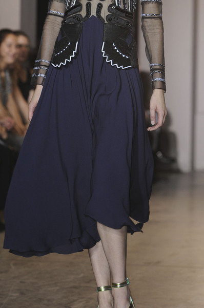 Rue du Mail at Paris Spring 2012 (Details)