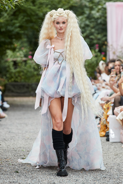 Selkie at New York Spring 2022 [hairstyle,fashion,street fashion,wig,fawn,thigh,knee,fashion design,long hair,headpiece,outerwear,fashion,hair,gown,haute couture,cosplay,street fashion,selkie,wig,new york fashion week,outerwear / m,gown / m,long hair / m,fashion,haute couture,cosplay,blond,lady m cake boutique,beauty.m,gown]