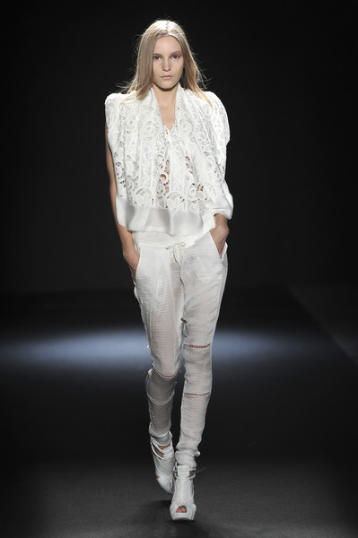 Sharon Wauchob at Paris Spring 2010