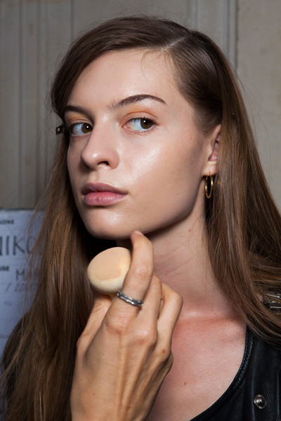 Sharon Wauchob at Paris Spring 2014 (Backstage)