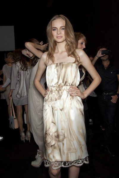Sportmax at Milan Spring 2010 (Backstage)
