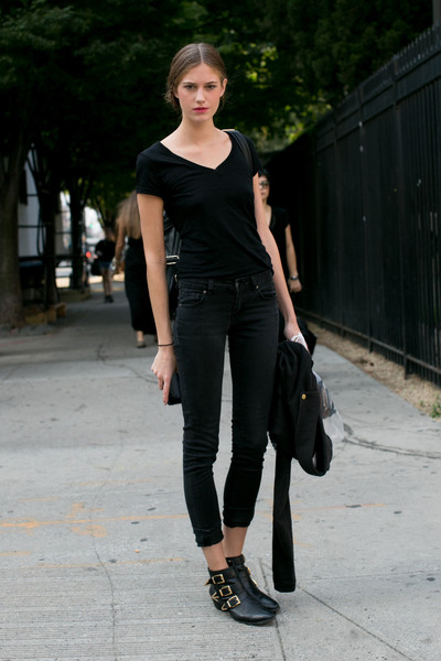 Black Tee   Black Jeans - Street Style Spotlight: Ankle Boots