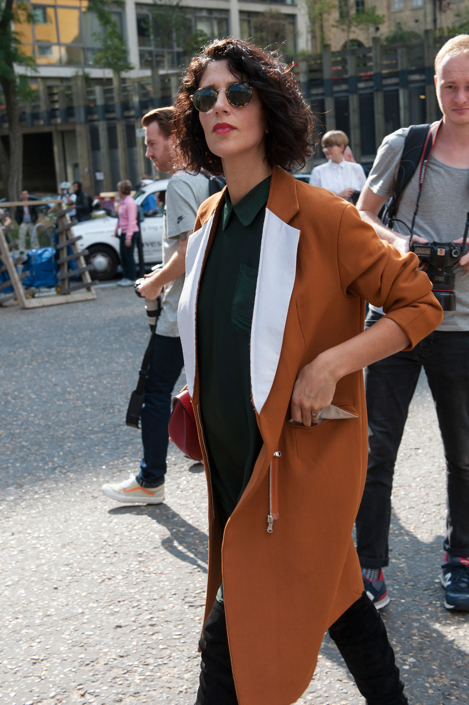 Two Tone Blazing Best Street Style At London Fashion Week Spring 2015 Livingly