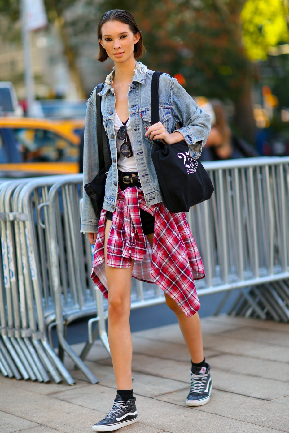 '90s Grunge - Best Street Style from New York Fashion Week ...