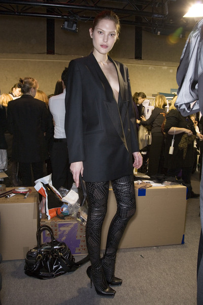 Stella McCartney at Paris Fall 2009 (Backstage)