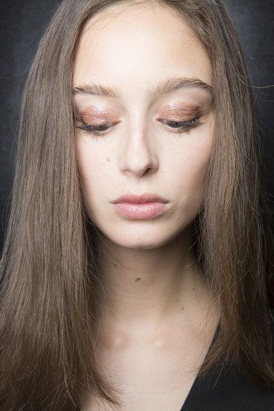 Stéphane Rolland at Couture Fall 2017 (Backstage) [face,hair,eyebrow,lip,chin,hairstyle,cheek,blond,forehead,nose,supermodel,stephane rolland,couture fall,model,hair,fashion,face,hairstyle,beauty.m,close-up,model,fashion,supermodel,close-up,beauty.m]