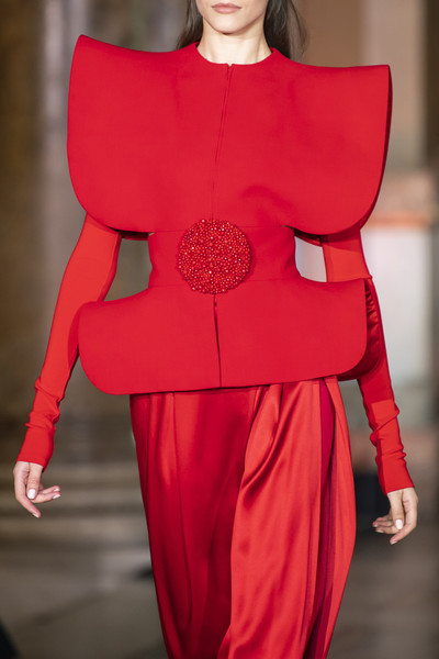 Stéphane Rolland at Couture Fall 2019 (Details) [red,fashion,fashion model,clothing,shoulder,haute couture,runway,joint,fashion show,fashion design,dress,dress,stephane rolland,couture fall,fashion,runway,fashion design,haute couture,design,fashion show,runway,fashion design,fashion,fashion show,haute couture,little black dress,socialite,dress,sculpture,design]