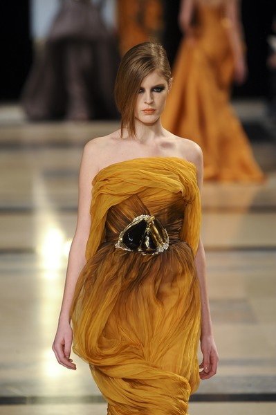 Stéphane Rolland at Couture Spring 2011 [fashion model,fashion,fashion show,haute couture,clothing,yellow,runway,dress,shoulder,long hair,socialite,supermodel,stephane rolland,fashion,runway,haute couture,model,fashion model,couture spring 2011,fashion show,runway,fashion show,model,supermodel,fashion,haute couture,socialite]