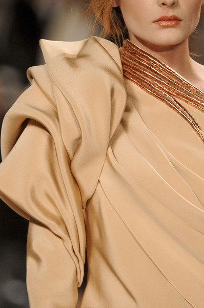 Stéphane Rolland at Couture Spring 2011 (Details)