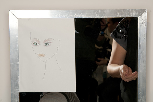 Ter et Bantine at Milan Fall 2009 (Backstage)