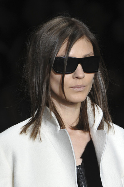 Tom Ford at London Fall 2014 (Details) [eyewear,hair,sunglasses,face,glasses,hairstyle,cool,lip,beauty,eyebrow,sunglasses,tom ford,arthur arbesser,hair,fashion,brown hair,hairstyle,face,glasses,london fashion week,fashion,long hair,bangs,sunglasses,layered hair,arthur arbesser,brown hair,black hair,astrid andersen,blond]