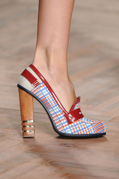 Tommy Hilfiger at New York Spring 2012 (Details)