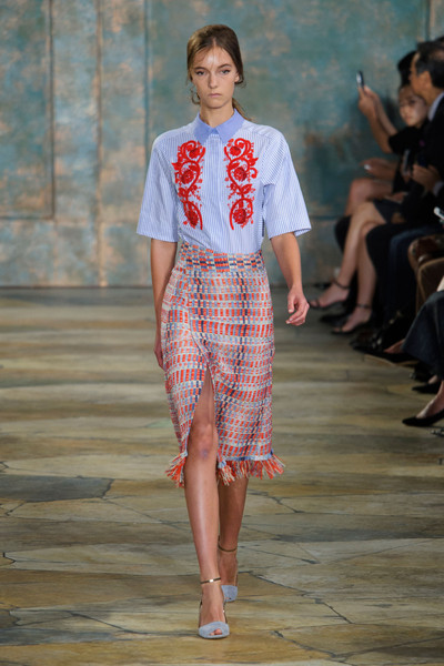 8785110383cc6 Tory Burch Spring 2016 Runway Pictures - Livingly
