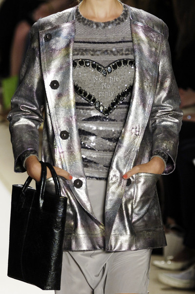Tuleh at New York Spring 2006 (Details)